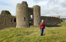 Thumb_4-louise-at-castle-roche-