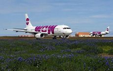 Thumb_wow_air_airbus_a320s_at_keflavik_airport
