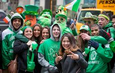 Thumb_spectators_enjoying_st._patrick_s_day_