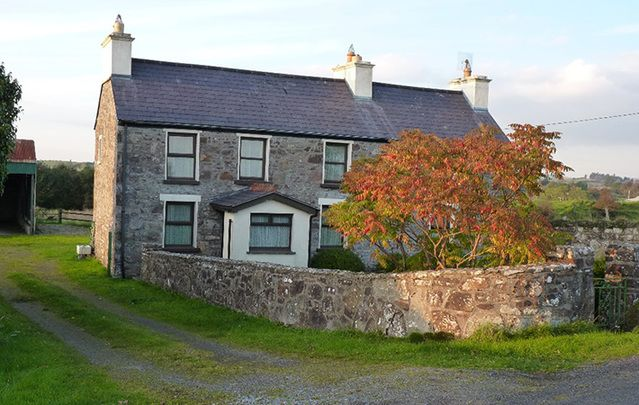 Strong dollar and Ireland's growing economy sees US property buyers flocking to secure Irish properties.