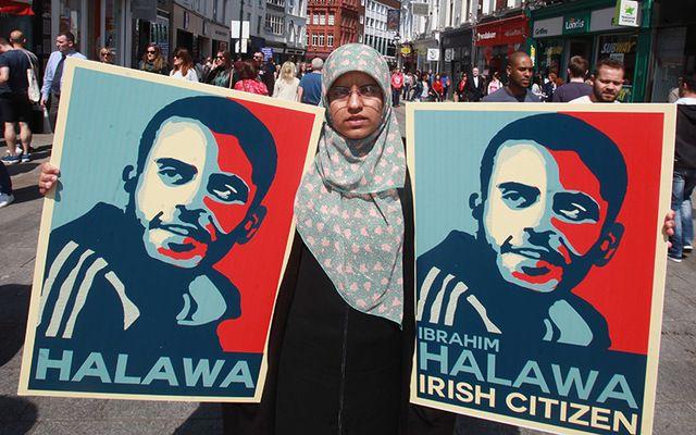 Pictured is Fatima (Ibrahim Halawa's sister) on Grafton Street in Dublin in May 2016 highlighting Ibrahim Halawa's 1,000th day in prison.