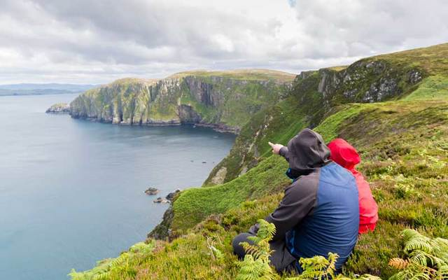 There are many ways to enjoy Ireland -- even if you're traveling on a budget.