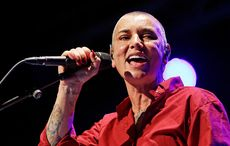 Thumb_sinead-o-connor-performing