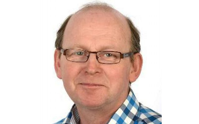 Kevin O'Sullivan is resigning as editor of the Irish Times