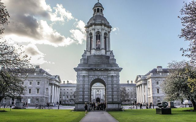 Trinity College and the 30% Club launch MBA Leadership Scholarship to create gender balance in leading Irish businesses.