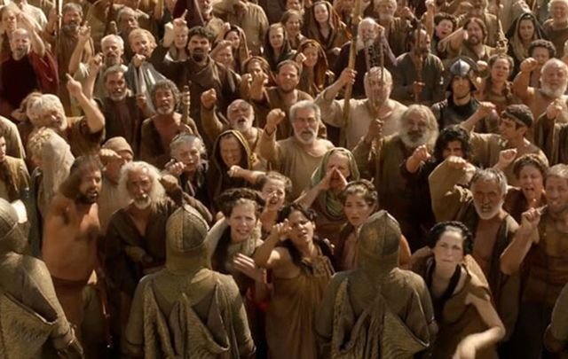 "It could be you!!! Thousands want a chance to be an extra on HBO\'s ""Game of Thrones\""."