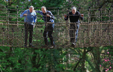 Thumb_new_rope_bridge_kells_bay_gardens_kerry