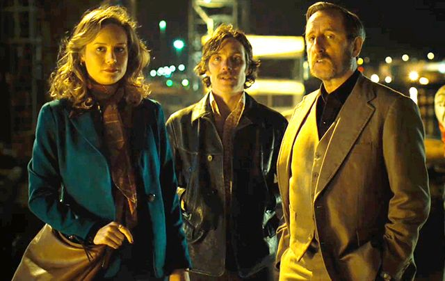 Brie Larson, Cillian Murphy and Michael Smiley in Free Fire.