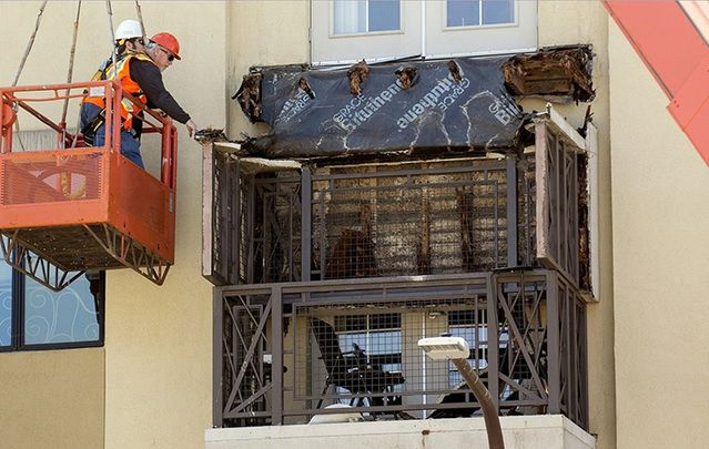 An examination of the Berkeley balcony days after the collapse.