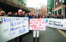 Thumb_midwives_for_choice_protest_maternity_hospital_rollingnews