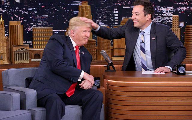 "Jimmy Fallon \""messing up\"" Donald Trump\'s hair."