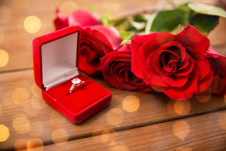 Beautiful engagement rings courtesy of the IrishCentral ...