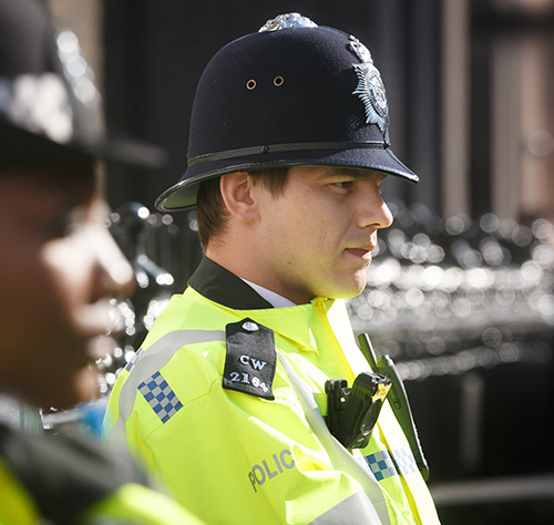 Cropped_english-police-manchester