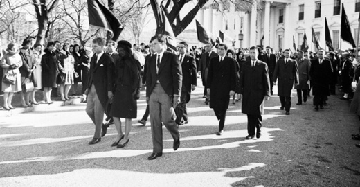 Cropped_kennedt-family-jfk-funeral