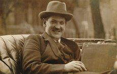 Thumb_cropped_michael_collins_laughing_back_of_car