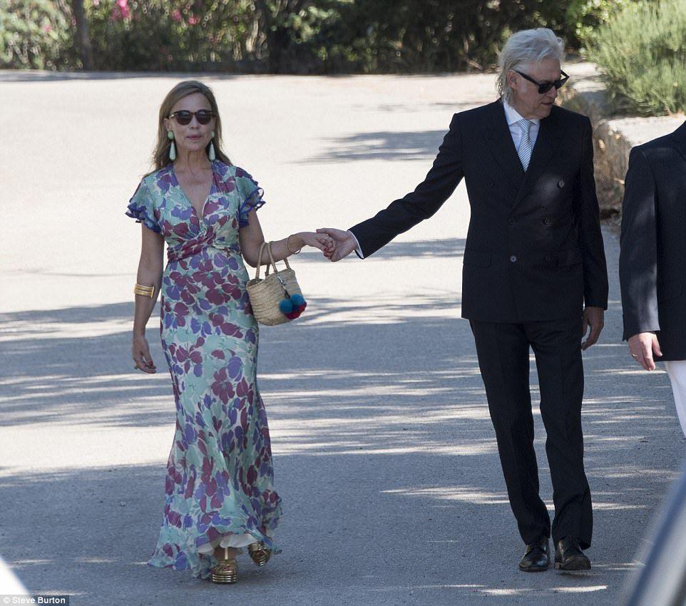 Elegant Bride Pixie Geldof Marries In Spain
