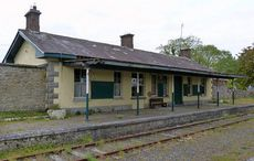 Thumb_ballyglunin-train-station