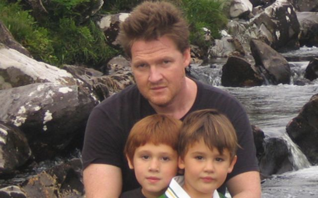 Donal Logue with his kids in Ireland.