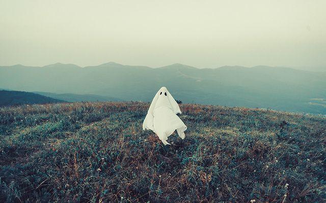 cropped_ghost-field-ireland.jpg?t=1501890283