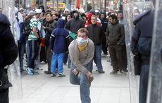Thumb_republicans_rioting__o_connell_street_love_ulster_rollingnews__3_