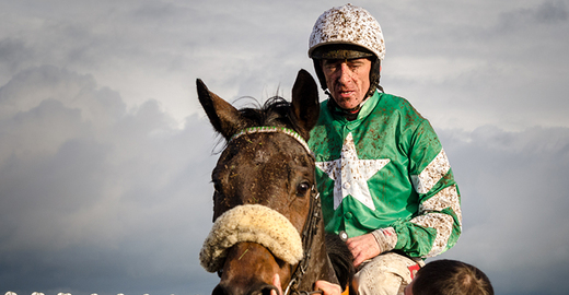 Cropped_davy_russell_jockey_horse_wiki_florian_christoph