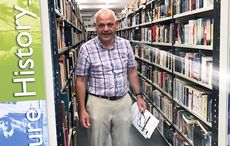 Thumb_mi_conor_kenny_bookstore_galway