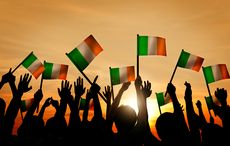 Thumb_group-irish-flags