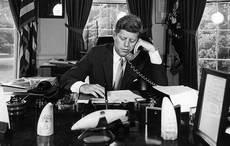 Thumb_1-president-kennedy-on-phone-1962-wikipedia