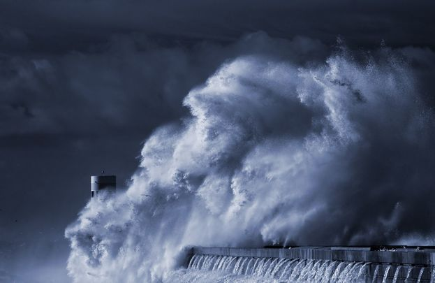 The 85-foot wave recorded in Ireland is even bigger than this wave!