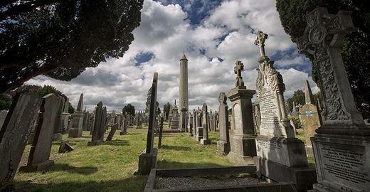Cropped_glasnevin_cemetery_tourism_ireland