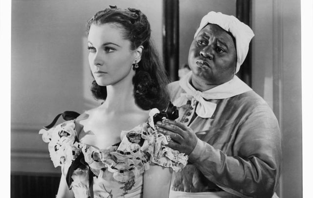 Hattie McDaniel tries to console Vivien Leigh in a scene from the film \'Gone With The Wind\', 1939.