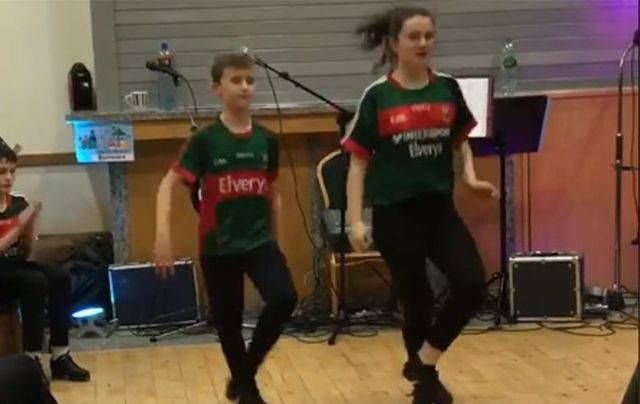 World champion Irish dancers Lisa Lavelle and Stephen Gallagher have become a viral hit for their self-choreographed Irish dance.