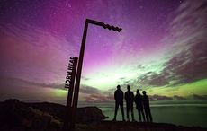 Thumb_resized_hornhead-northern-lights