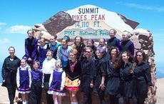 Thumb_pikes_peak_-_america_s_mountain_altitude_irish_dance