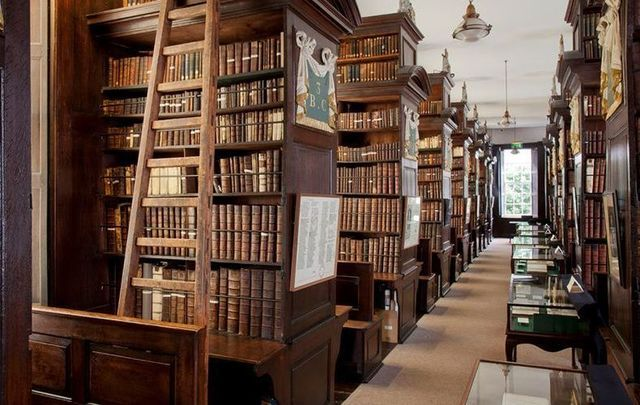 The interior of Marsh\'s Library, the oldest library on Ireland.