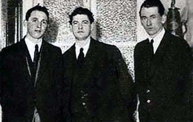 Crow Street Brain Trust: Michael Collins, Tom Cullen and Liam Tobin, Gresham Hotel, January 1922.