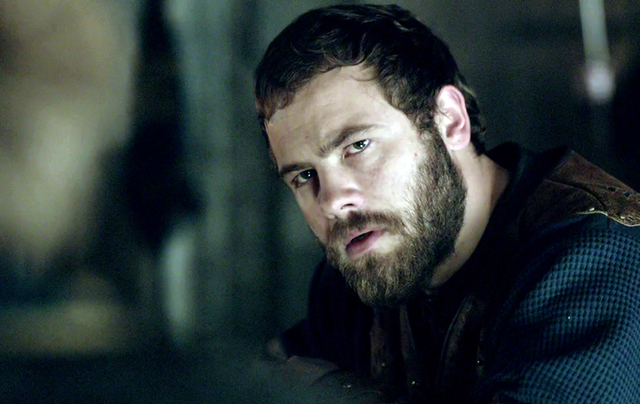 Moe Dunford as King Aethelwulf in Vikings.
