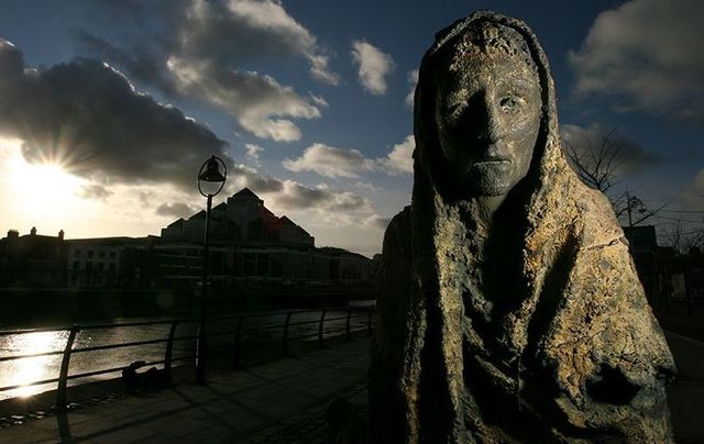 Great Hunger memorial on the quays in Dublin. Was Ireland\'s over-population behind the Irish Famine?