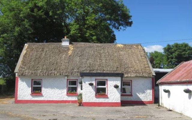 Beautiful traditional style cottage in Kylebeg, County Galway.