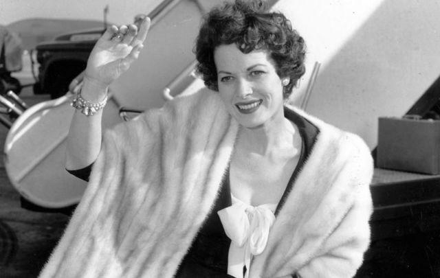 The Irish star Maureen O\'Hara in 1960.