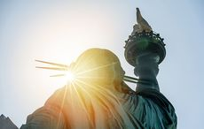 Thumb_mi_statue_of_liberty_immigrant_american_usa_sunset_istock__3_