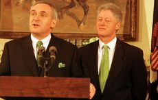 Thumb_podium_bertie_ahearn_bill_clinton_rolling_news