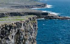 Thumb_cliffs-inishmore-aran-islands-istock