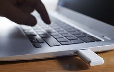 Thumb_computer_crime_porn_charges_usb_istock