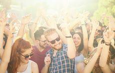 Thumb_summer_sun_celebrate_dance_crowd_istock