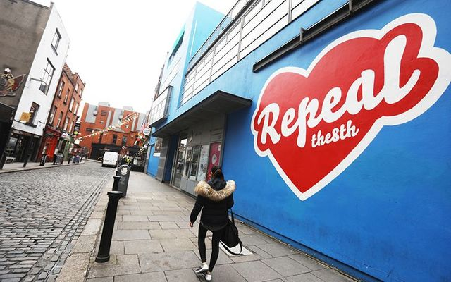 """Repeal the 8th\"" mural painted by Maser, on the Project Theater, in Temple Bar - It\'s since been painted over due to complaints."