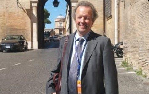 Irish journalist in Rome, Paddy Agnew.