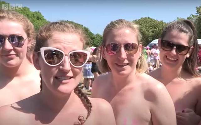More than 2,500 women took part in the largest-ever skinny dip off a Co Wicklow beach on Saturday, June 9, setting a world-record and raising funds for cancer charity Aoibheann\'s Pink Tie.