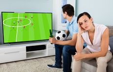 Thumb_world-cup-break-up-istock