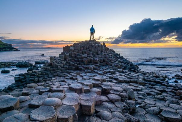 Video taken at Giant\'s Causeway in Northern Ireland shows a mysterious door closing amongst the rock formations